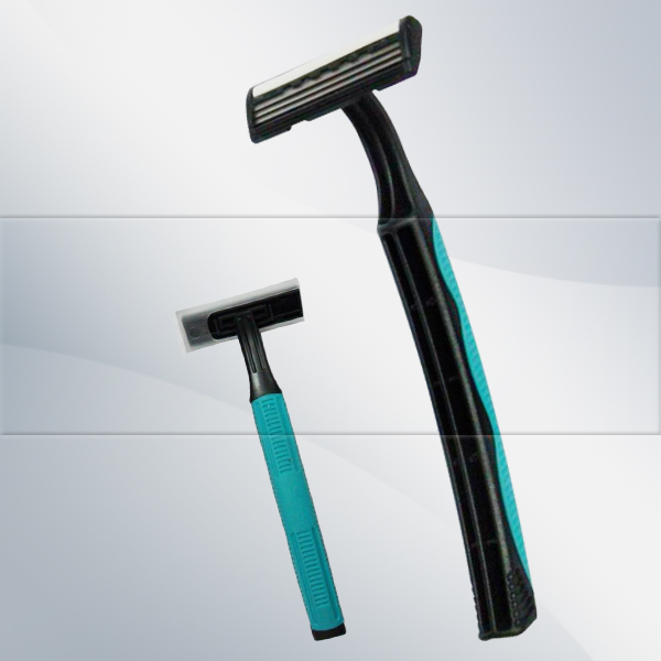 R312 triple blade razor