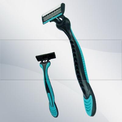 S319 triple blade razor